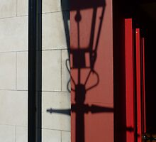 Belfast Streetlamp Shadow by ragman