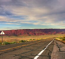 89A in N.Arizona - US by LizzieMorrison