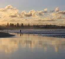 Beach Afternoon ...Kingscliff  by gail woodbury
