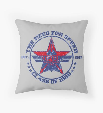 Top Gun Class of 86 - Need For Speed - Warn Look Throw Pillow