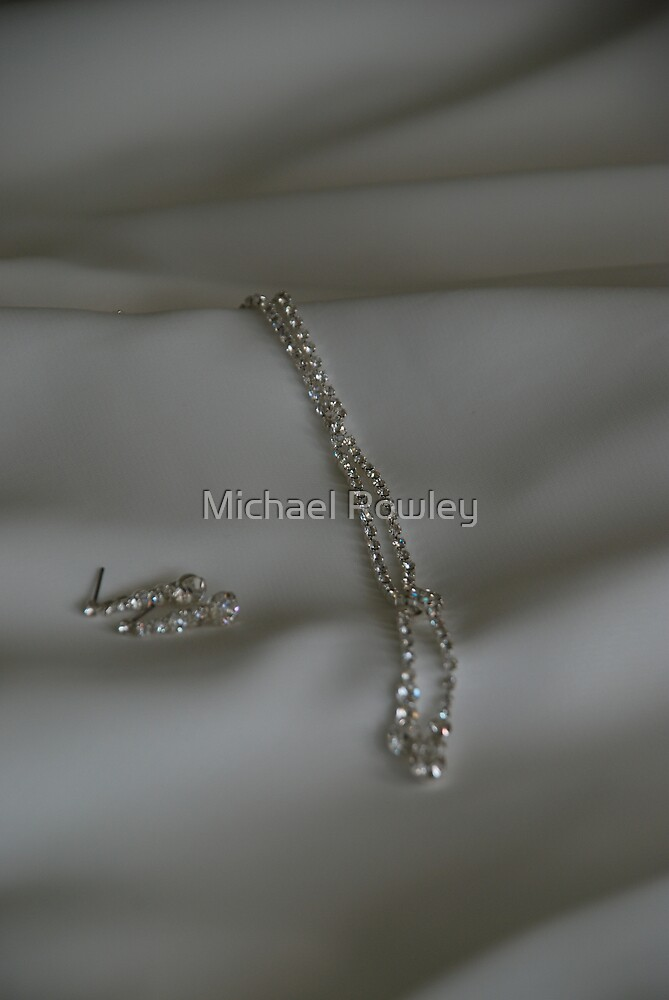 Jewels of the Bride by KeepsakesPhotography Michael Rowley