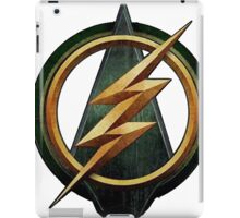 CW Arrow and The Flash Crossover Symbol Shirt iPad Case/Skin