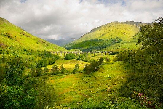 Glenfinnan Viaduct by eddiej