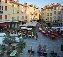 Place Massillon in Hyères - Provence by Patrick Morand