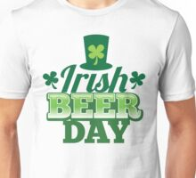 Irish Beer day St Patricks day design with top hat and shamrocks Unisex T-Shirt
