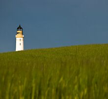Scurdie Ness Lighthouse by Joe Dailly
