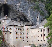 Predjama Castle in Slovenia by loiteke