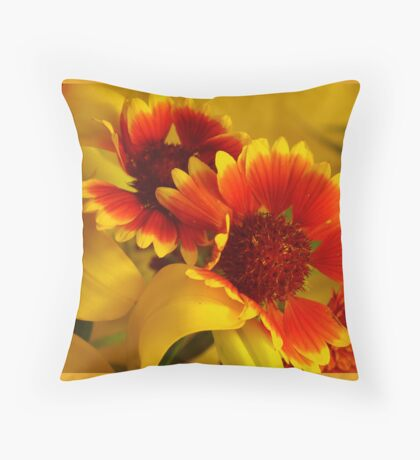 Sargaban Throw Pillow