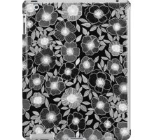 POPPY BLACK iPad Case/Skin