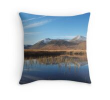Black Mount. Throw Pillow