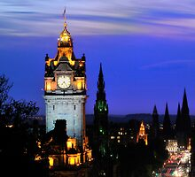 Classic Edinburgh by tayforth
