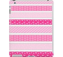 Pink <3 iPad Case/Skin