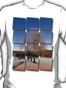 Cross with guardian trees in winter wonderland | landscape photography T-Shirt