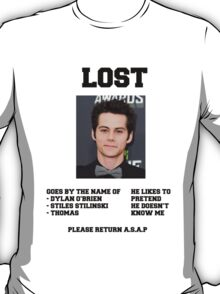 LOST POSTER - DYLAN O'BRIEN T-Shirt