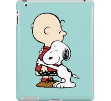 Charlie hugs Snoopy iPad Case/Skin
