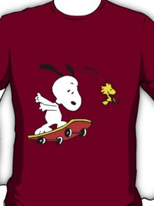 Snoopy on skate T-Shirt
