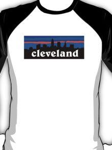 Cleveland, skyline silhouette. T-Shirt