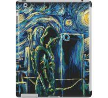 Arrow/ The Starry Night - Vincent Van Gogh iPad Case/Skin