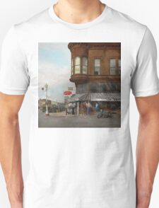 City - Dillon, Montana - Today's my day off - 1942 T-Shirt
