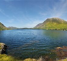 Crummock Water - Lake District - England by eddiej