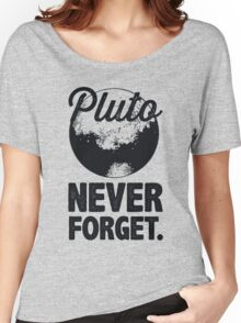 Pluto Never Forget Women's Relaxed Fit T-Shirt