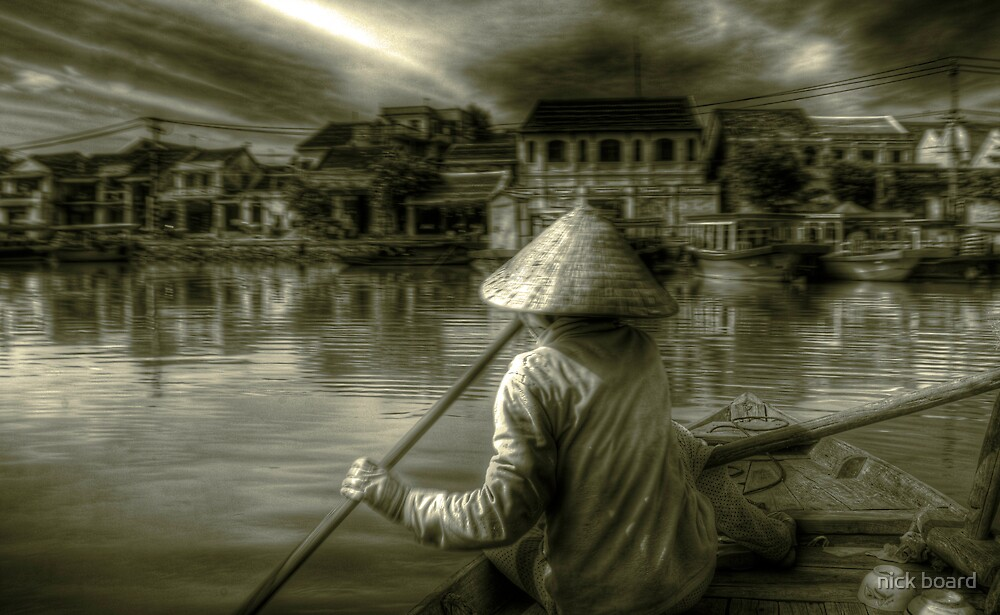 Approaching Hoi An by nick board