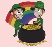 Cartoon leprechauns with pot of gold Baby Tee