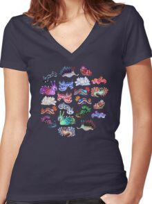 NUDIBRANCH Women's Fitted V-Neck T-Shirt