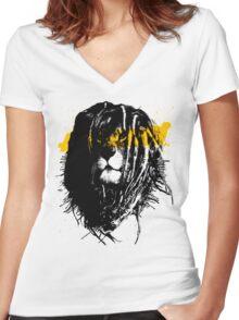 Lion rasta Women's Fitted V-Neck T-Shirt