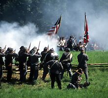 Confederates volley fire on advancing Union soldiers by cascoly