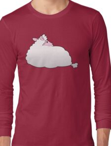 A sheep sitting with its back to you Long Sleeve T-Shirt