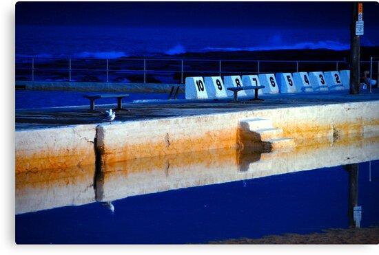 Sunrise - Merewether Baths by chriso