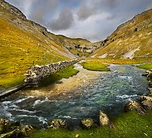 Valley Below Gordale Scar by eddiej
