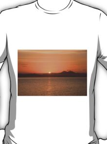 Islay: Loch Indaal Sunrise T-Shirt