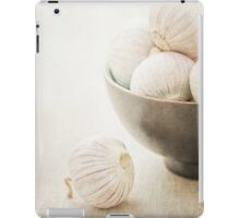 Still life of Garlic in a bowl iPad Case/Skin
