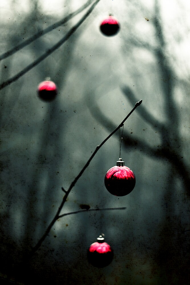 Christmas Alone by agobo