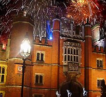 Hampton Court Fireworks by Colin J Williams Photography