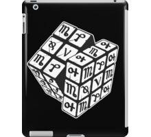 RUNE _ RUNIX CUBE iPad Case/Skin
