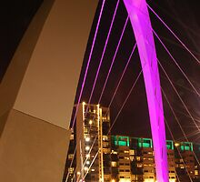 Clyde Arc in Glasgow by memphisto