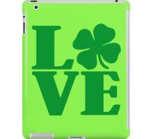 LOVE IRISH FOUR LEAF CLOVER iPad Case/Skin