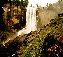 Vernal Falls by steveberlin