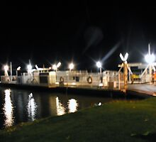 Mannum Ferry by Sue Jaeschke