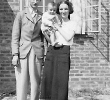 1937 Mum, dad & me by Woodie