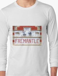 Fremantle Markets - HDR - Fremantle WA Long Sleeve T-Shirt