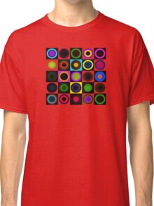 Retro Circles Classic T-Shirt