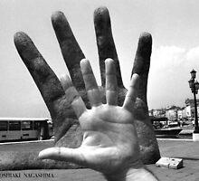 My  Left  Hand ,  Italy by yoshiaki nagashima