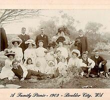 A Family Picnic. 1903 Boulder City, Western Australia by Geni29