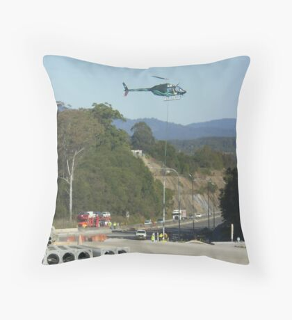 Helicopter sling work Throw Pillow