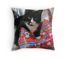 I can't find my present in here! Throw Pillow