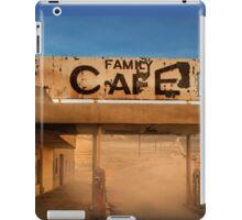 Family Cafe iPad Case/Skin